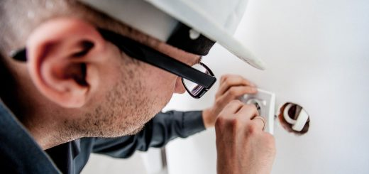 Electrician Salary in Canada