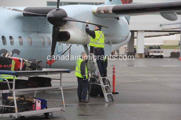 Aircraft Mechanic Salary in Canada