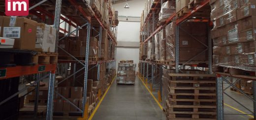 Warehouse worker salary